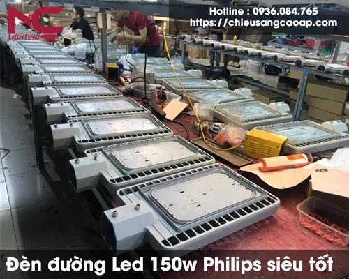den-duong-led-150w-philips