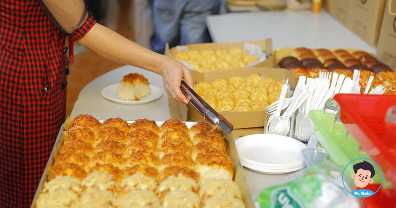 Quản lý đặt bánh